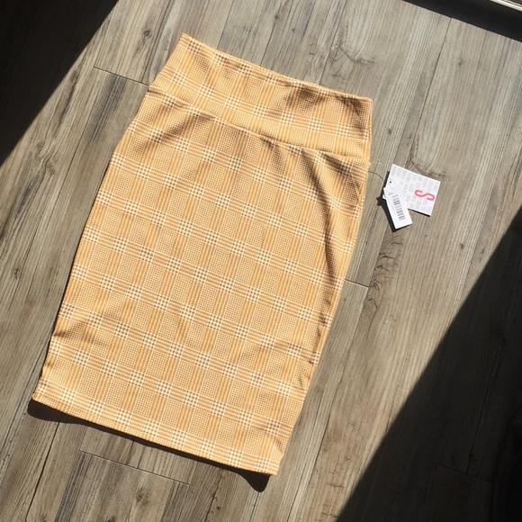LuLaRoe Dresses & Skirts - Houndstooth skirt